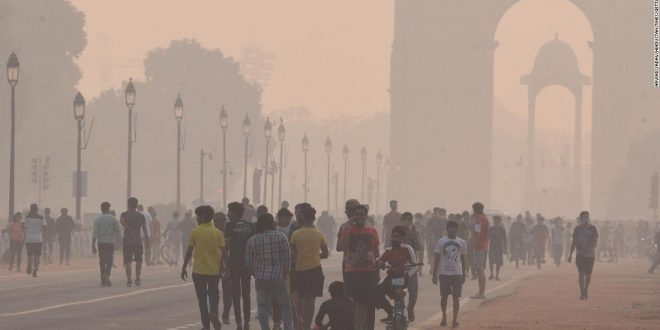 India is facing a double health threat this winter: pollution and the pandemic
