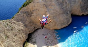 Zakynthos:- B.A.S.E jumpers at Navagio beach talk about their experience. (VIDEO)